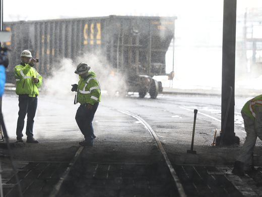 Last coal cars roll into Kodak area, making final delivery